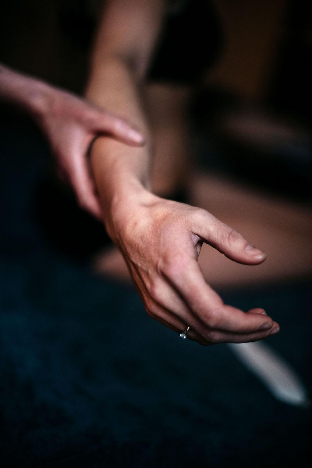 veerkracht haptonomie - haptotherapie breda - haptonoom - hand - aanraken - breda - psychomotorisch - therapie - haptotherapie